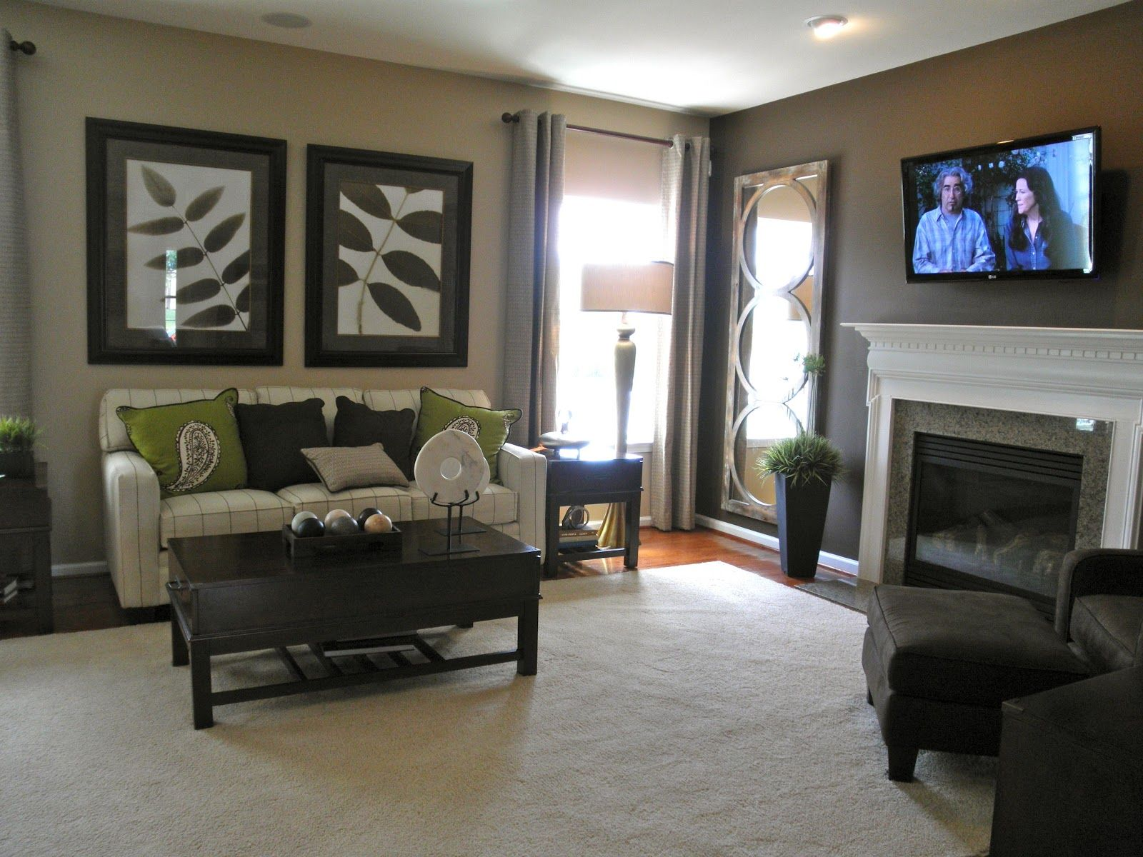 Venice model ryan homes florence model pictures for the home pinterest model pictures - Small living room spaces model ...