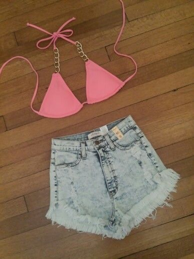 Two Cute Boutique : High Waisted Jean Shorts . Hot Pink Gold Chain Bikini Triangle Top .