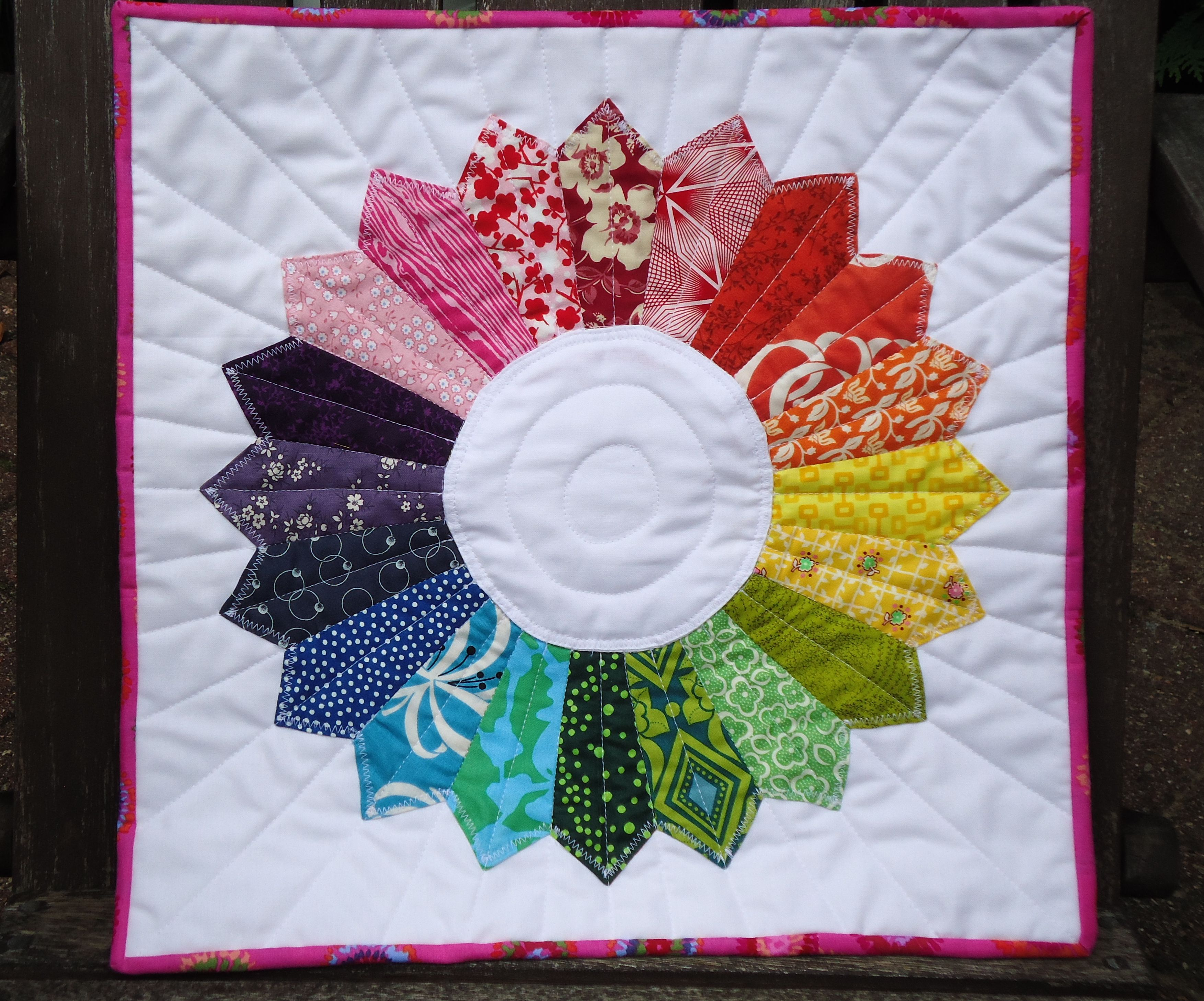 Pin By Susanmom C On Feelin Quil Y Pinterest Quilts Dresden