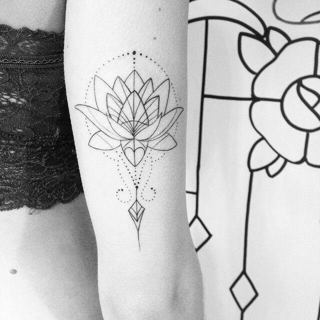 Geometric Lotus Flower Tatuagens Geometricas Tatuagens Inspiradoras Tattoo Ombros