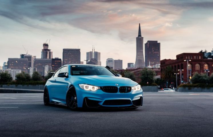 Bmw M4 Gts Is Even More Stunning With Yas Marina Blue Wrap Big Rear Wing Bmw M4 M4 Gts Bmw