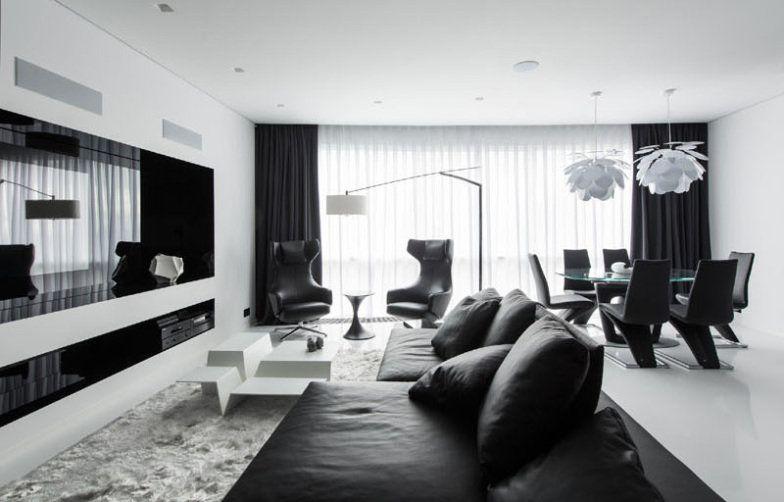 Preto e branco dominam os interiores de apartamento em Moscou