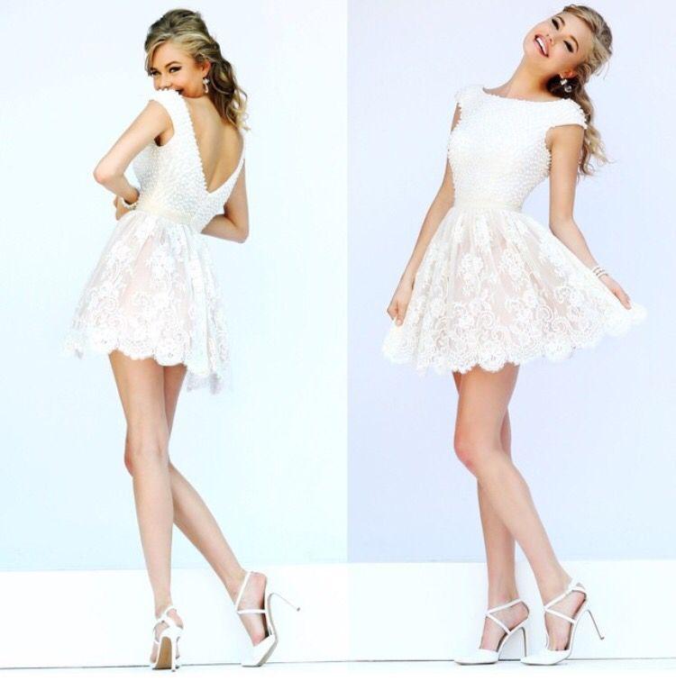 Pin von Rachel Hanson auf Fancy Short Dresses   Pinterest   Schonen ...