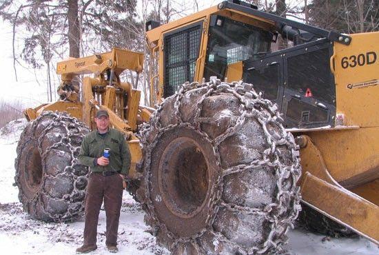 Skidder-550   logging equipment   Heavy equipment, Logging
