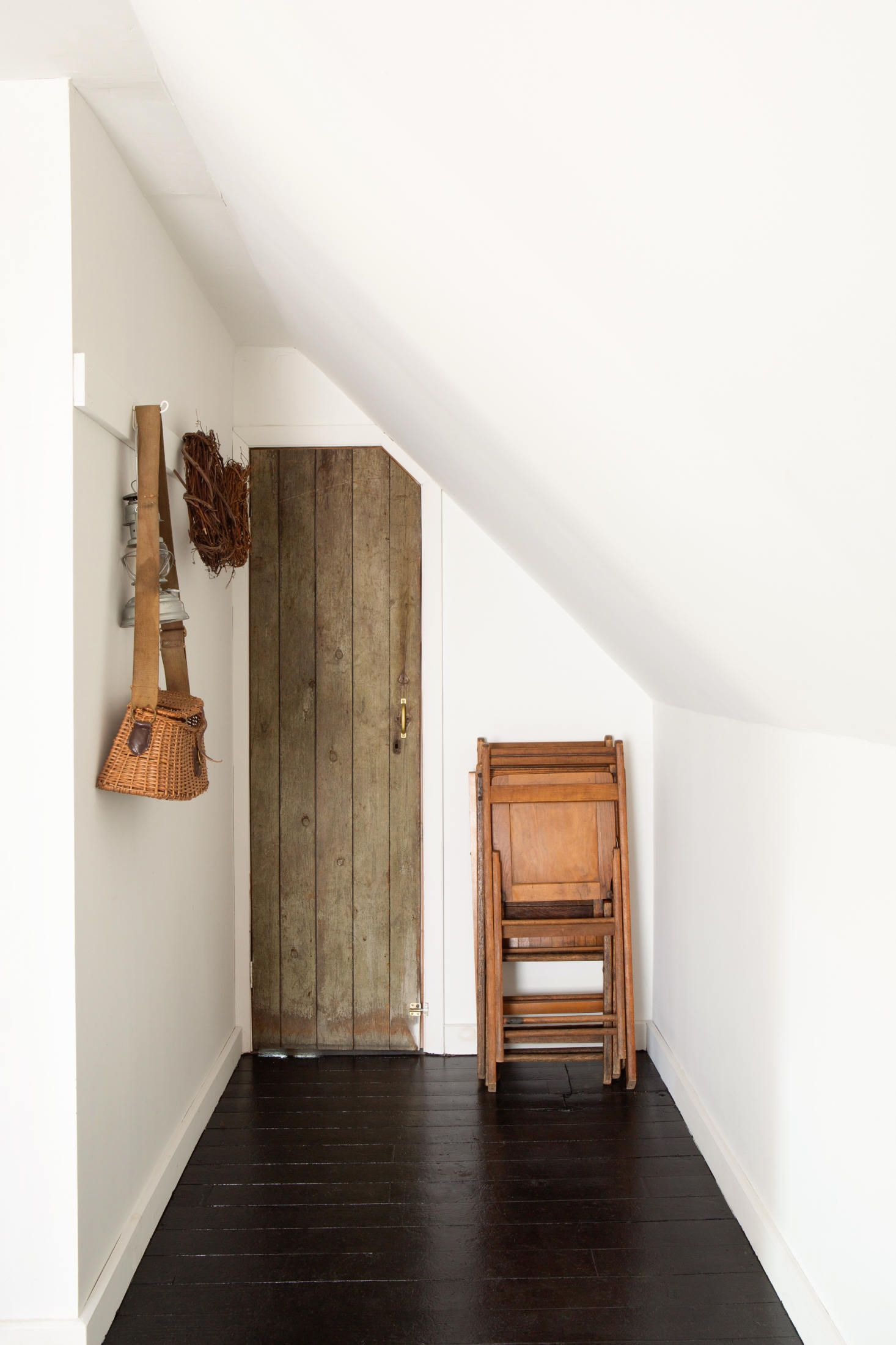 Before & After An Airy Summer Bedroom in a Catskills