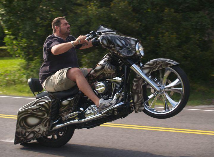 wheelie bagger custom motorcycle glide motorcycles baggers bikes harley bike street davidson racing biker stunts wear cars visit bad climbs
