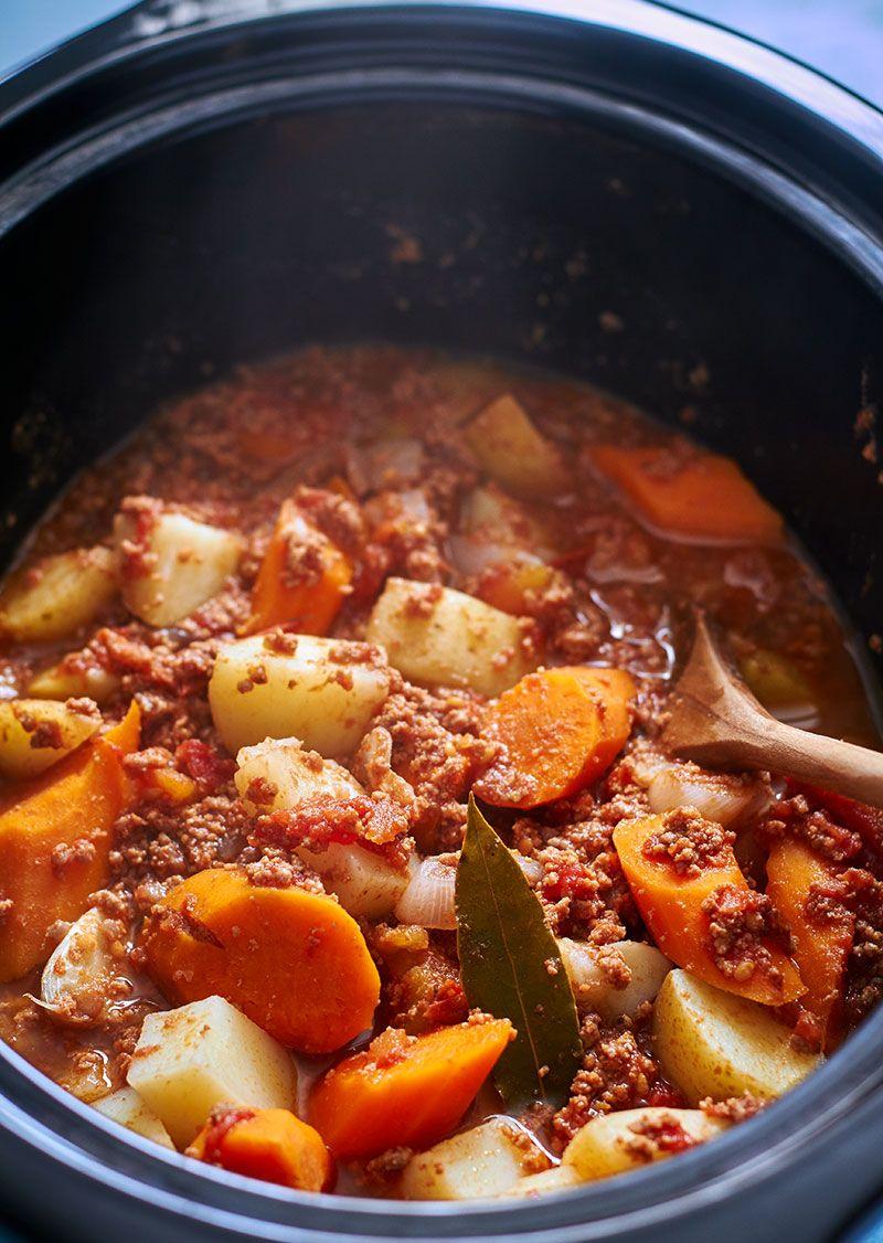 Crock Pot Ground Beef Stew Potato And Carrot Ground Beef Stews Minced Beef Recipes Beef Stew Crockpot