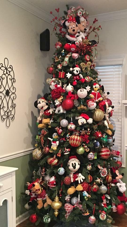 Mickey And Minnie Christmas Tree Minnie Christmas Christmas Tree Themes Disney Christmas Tree Theme