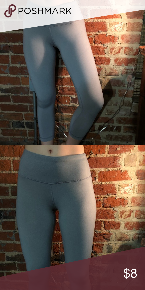 44c5c8f7c4 Grey cropped leggings - brand: 90 degree by reflex - color: light grey -  size: XS 90 Degree By Reflex Pants Leggings