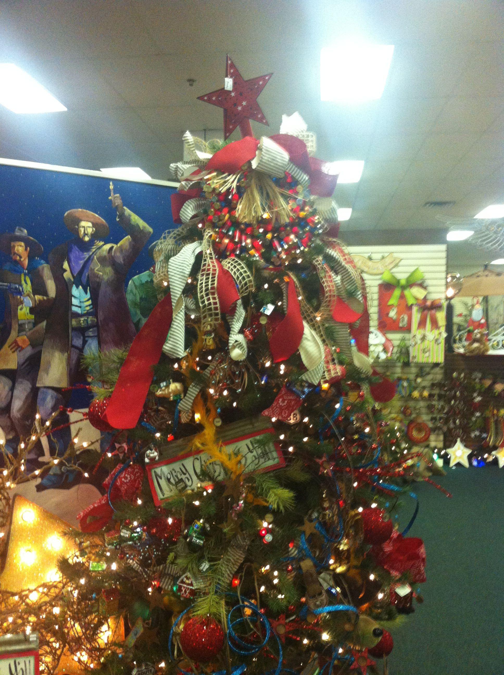 Western Christmas Tree Decorating Ideas