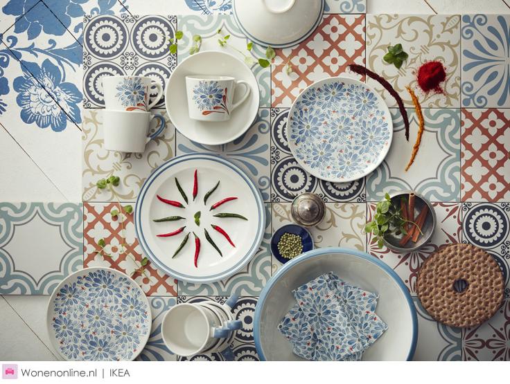 Nieuw bij IKEA in oktober 2016   Het belooft de zonnigste herfst ooit te worden. In oktober lanceert IKEA namelijk een heleboel vrolijke, nieuwe designproducten. Geef de herfst kleur met stralende tapijten, swingende stoffen en bloemrijk servies. De ultieme remedie tegen een herfstdip. De nieuwe producten zijn vanaf oktober verkrijgbaar bij IKEA.