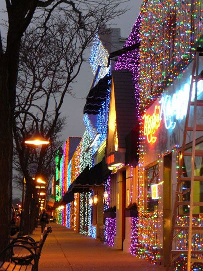 Downtown Rochester MI!!!! Love The Great Big Light Show On Main Street.  Really Beautiful!