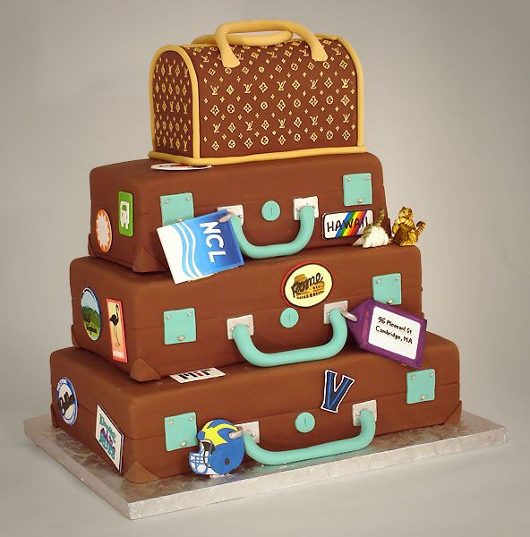 Don't know if this was for a wedding or a bon voyage party, but I love the suitcases and Louis Vuitton is, as they say, just icing on the cake. From the talented people at charmcitycakes.com