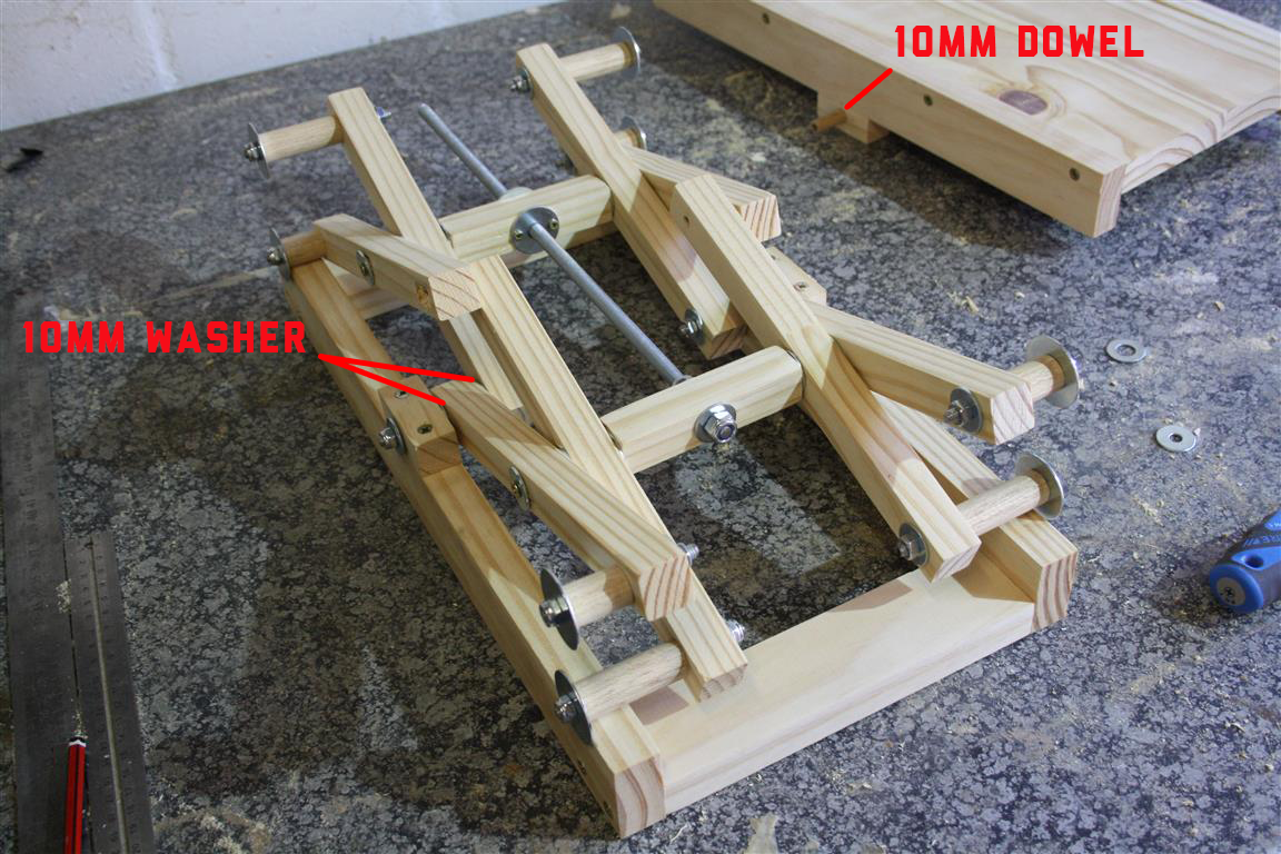 How To Make Your Own Diy Scissor Lift With Plans Woodwork