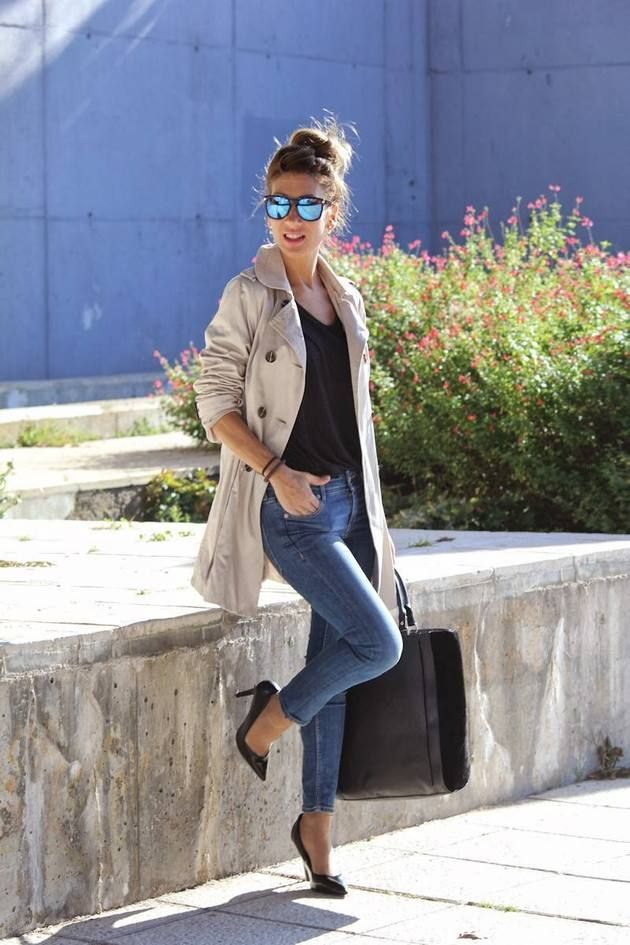 Shop this look on Lookastic: https://lookastic.com/women/looks/trenchcoat-v-neck-t-shirt-skinny-jeans-pumps-tote-bag-sunglasses/4115 — Blue Sunglasses — Black V-neck T-shirt — Beige Trenchcoat — Blue Skinny Jeans — Charcoal Leather Tote Bag — Black Leather Pumps