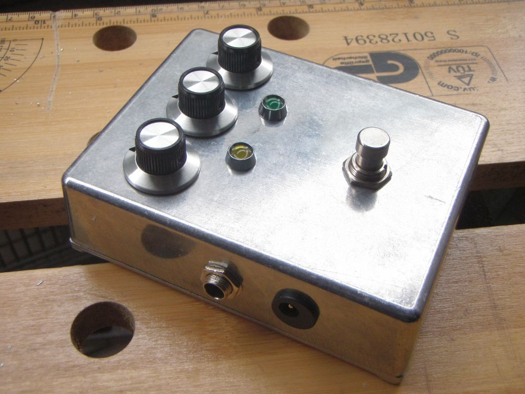 Good morning everyone who wants to build a tremolo pedal