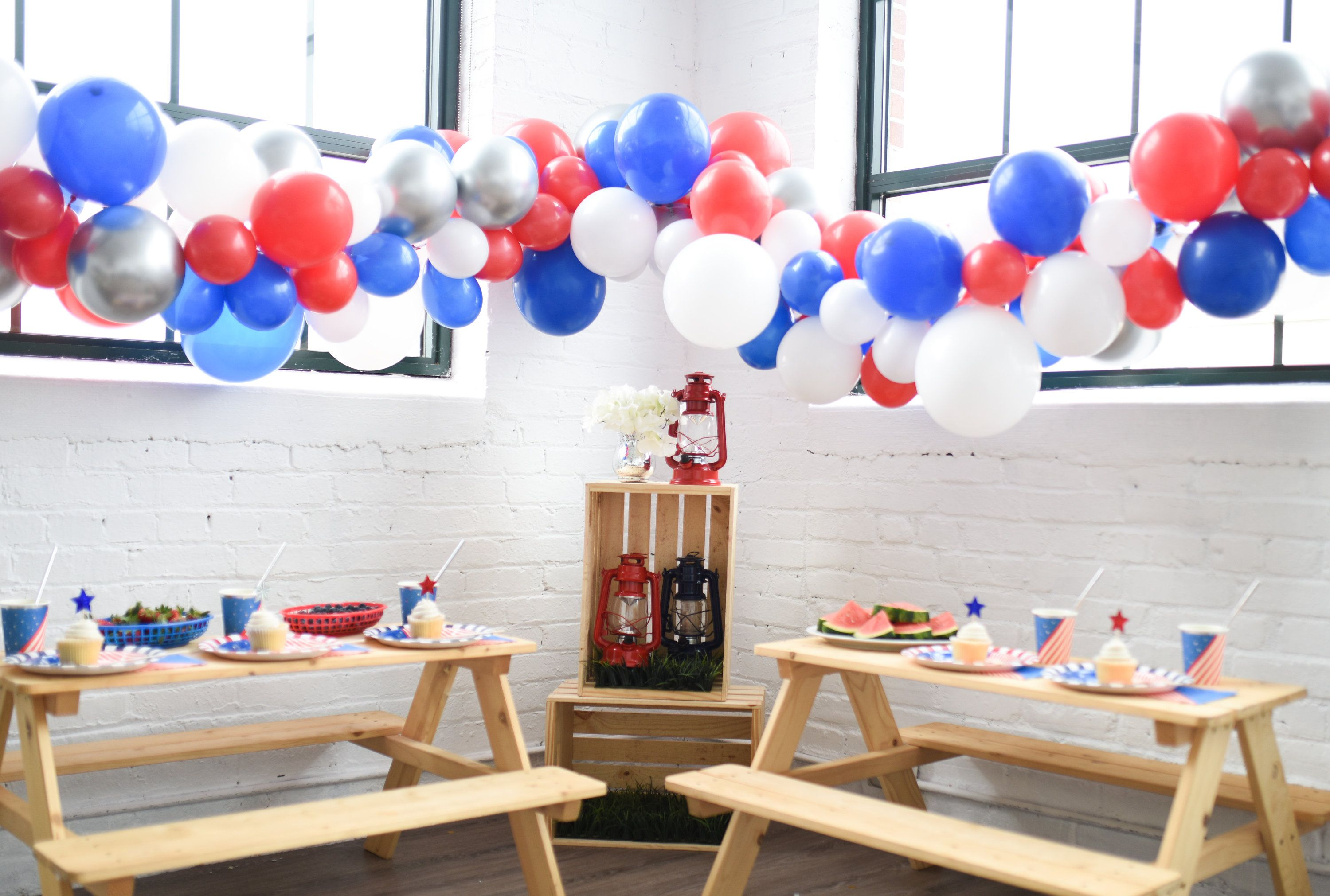 Patriotic Balloon Garland Pump Included! Create Your Own