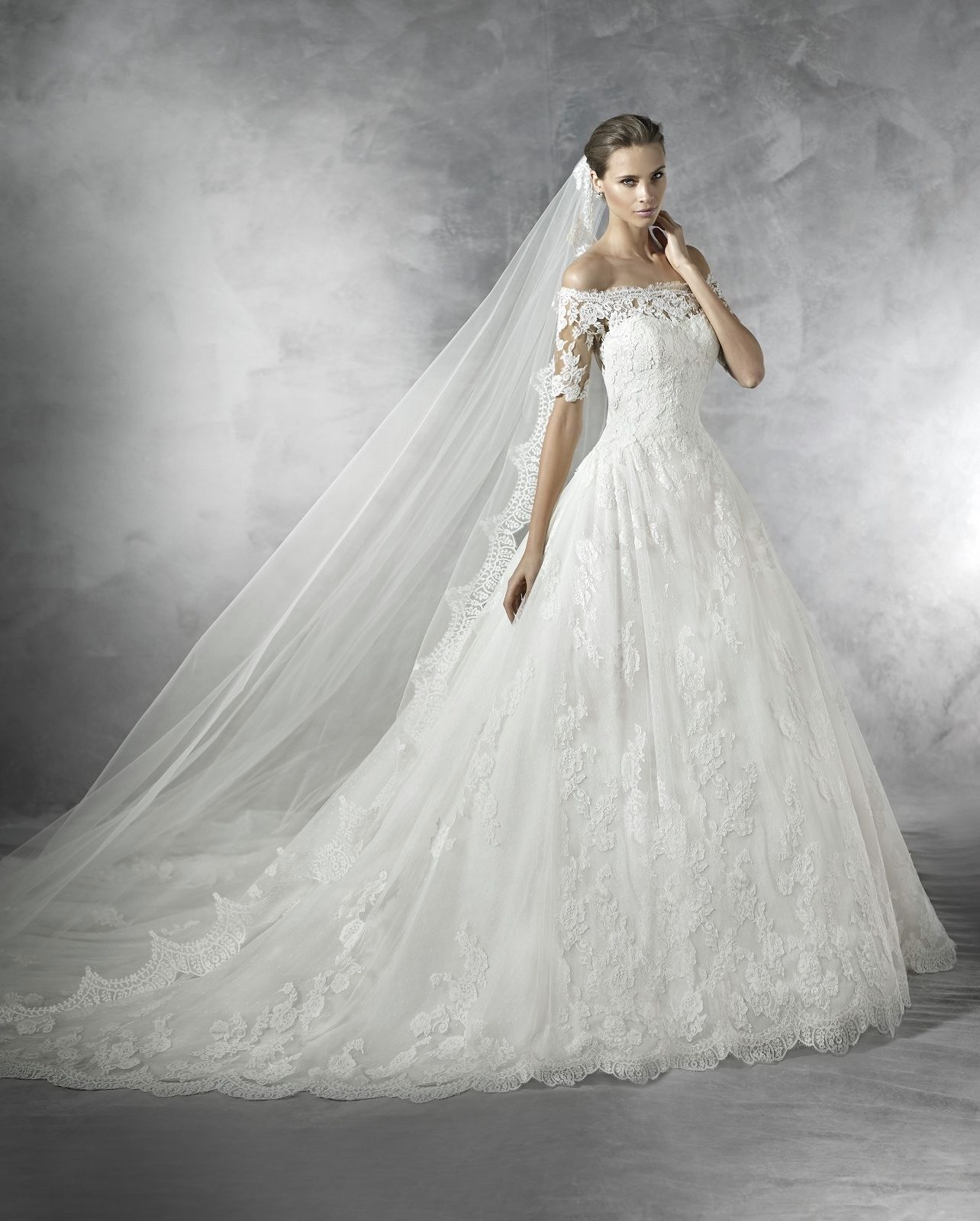Cool PRONOVIAS 2017 Pleasant lace ball gown wedding dress NWT size 6 ...