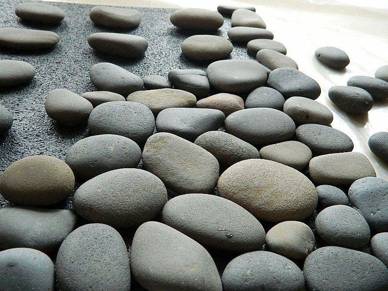 Fantastic Diy Stone Floor Mat Free Guide And Tutorial Stone Bath Mat Stone Bath Diy Stone Floor