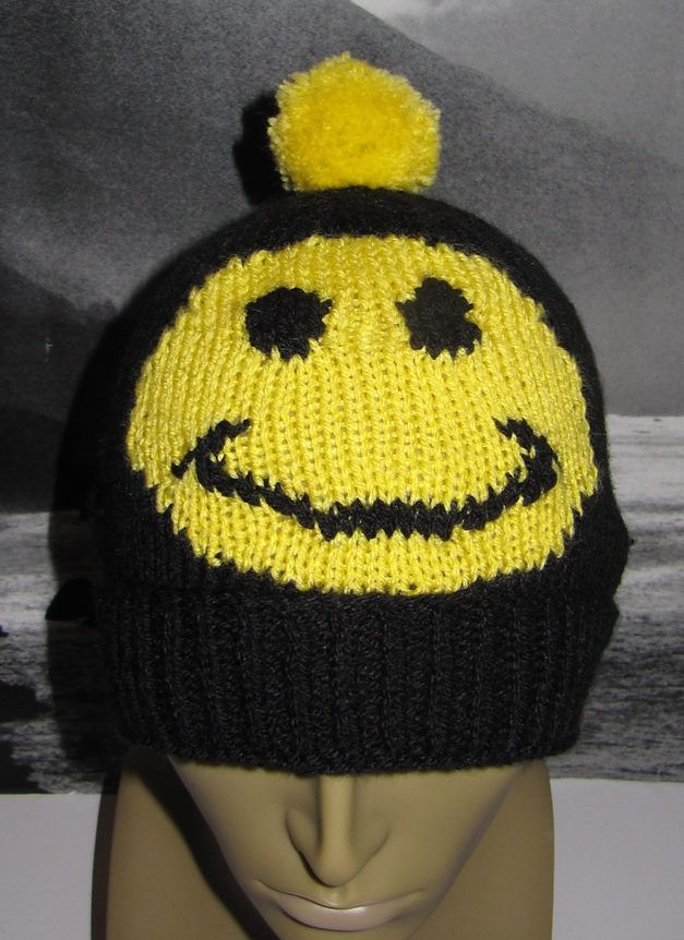 Free Knitting Pattern For Smiley Bobble Beanie Hat This Easy
