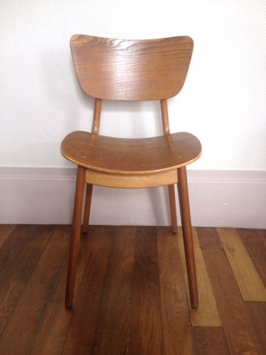Chaise En Bois Massif Des Annees 50 La Broc Bacott Chaises Bois Chaise Chaise Vintage
