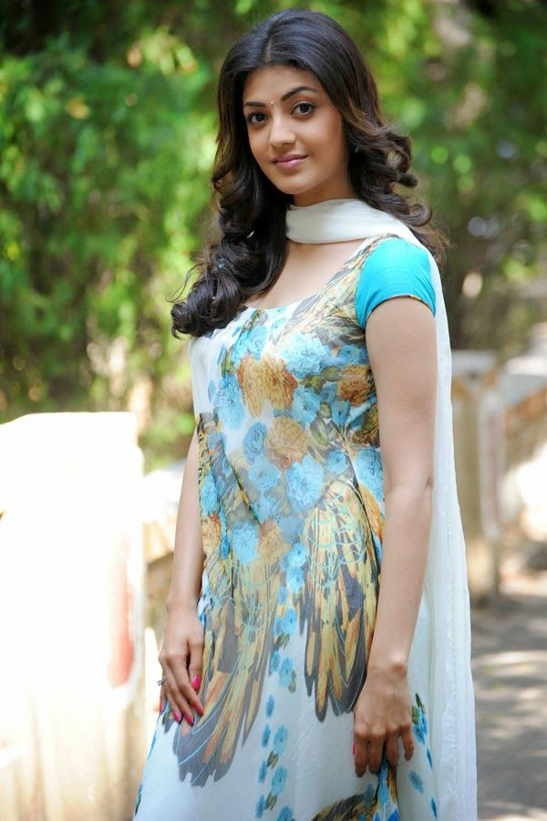Kajal Agarwal Cute Salwar Kameez Pictures Hd Photos Indian Actresses Beautiful Indian Actress South Indian Actress