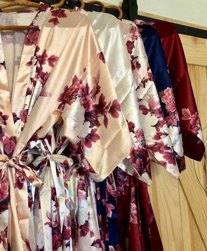 Peonia - Satin Bridesmaid Robes - Bridal Party Robes - Monogrammed - Getting Ready Day - Wedding- Blush, Champagne, White, Navy, Burgundy