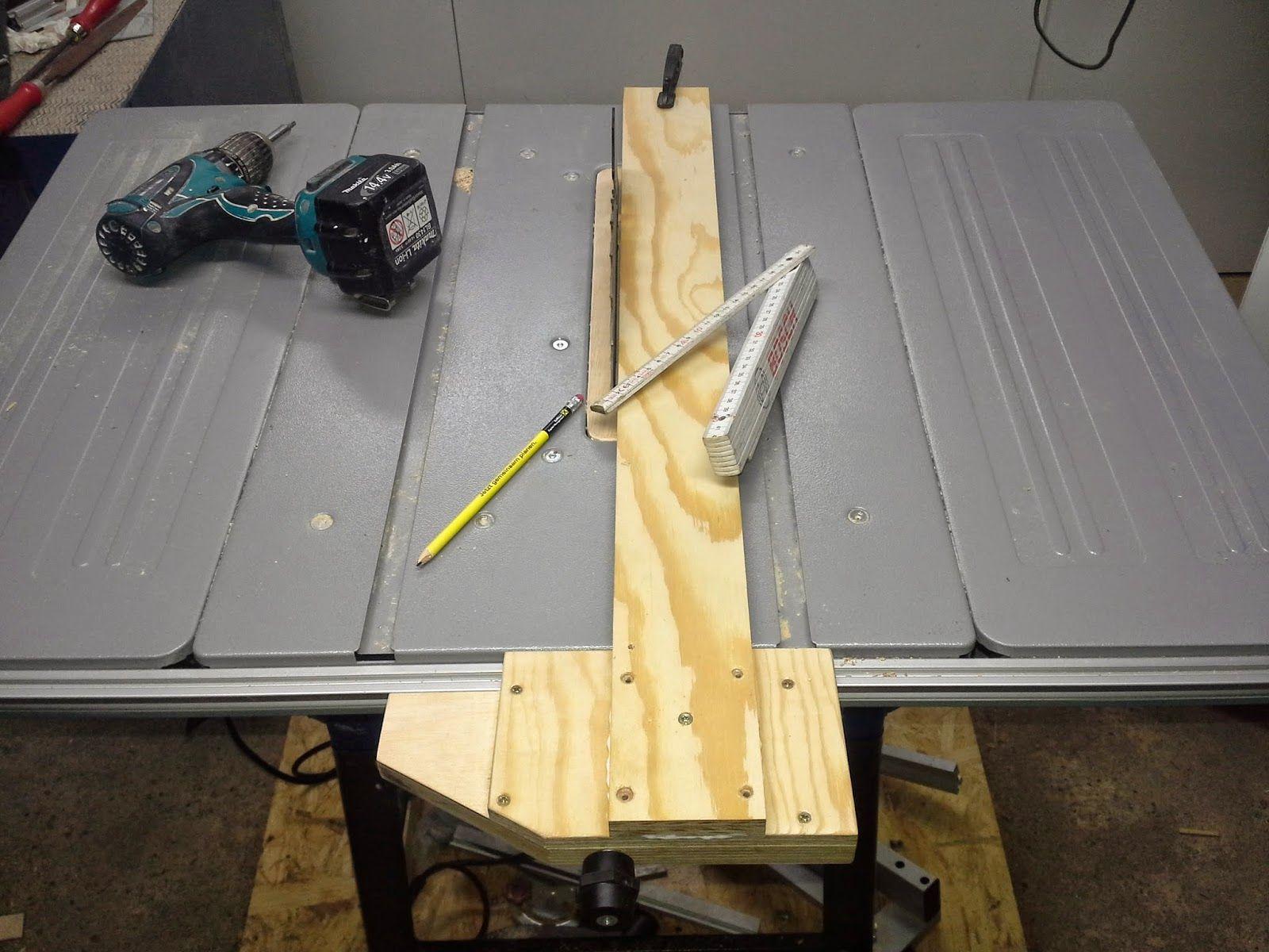 holz und metall parallelanschlag f r tischkreiss ge diy tools pinterest tischkreiss ge. Black Bedroom Furniture Sets. Home Design Ideas