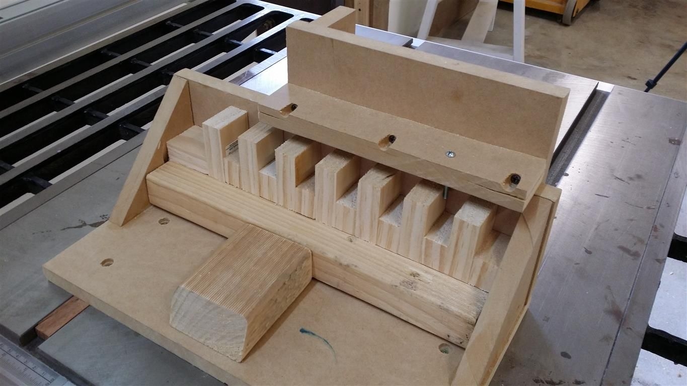 Single Blade Box Joint Jig For Those Of Us Without A Dado Woodworking Pinterest Blade
