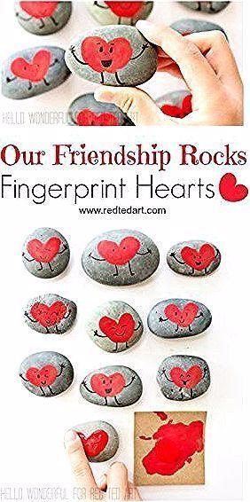Our Friendship Rocks - was gibt es noch zu sagen? Wunderschönes Fringerprint Herz ...  Our Friendship Rocks – was gibt es noch zu sagen? Wunderschöne Fringerprint Heart Rocks zum Va #Friendship #Fringerprint #gibt #Herz #noch #quotOur #Rocksquot #sagen #Wunderschönes #grandparentsdaygifts