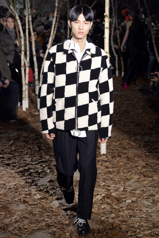 784d0dc04a93 Off-White Fall 2017 Menswear Collection Photos - Vogue