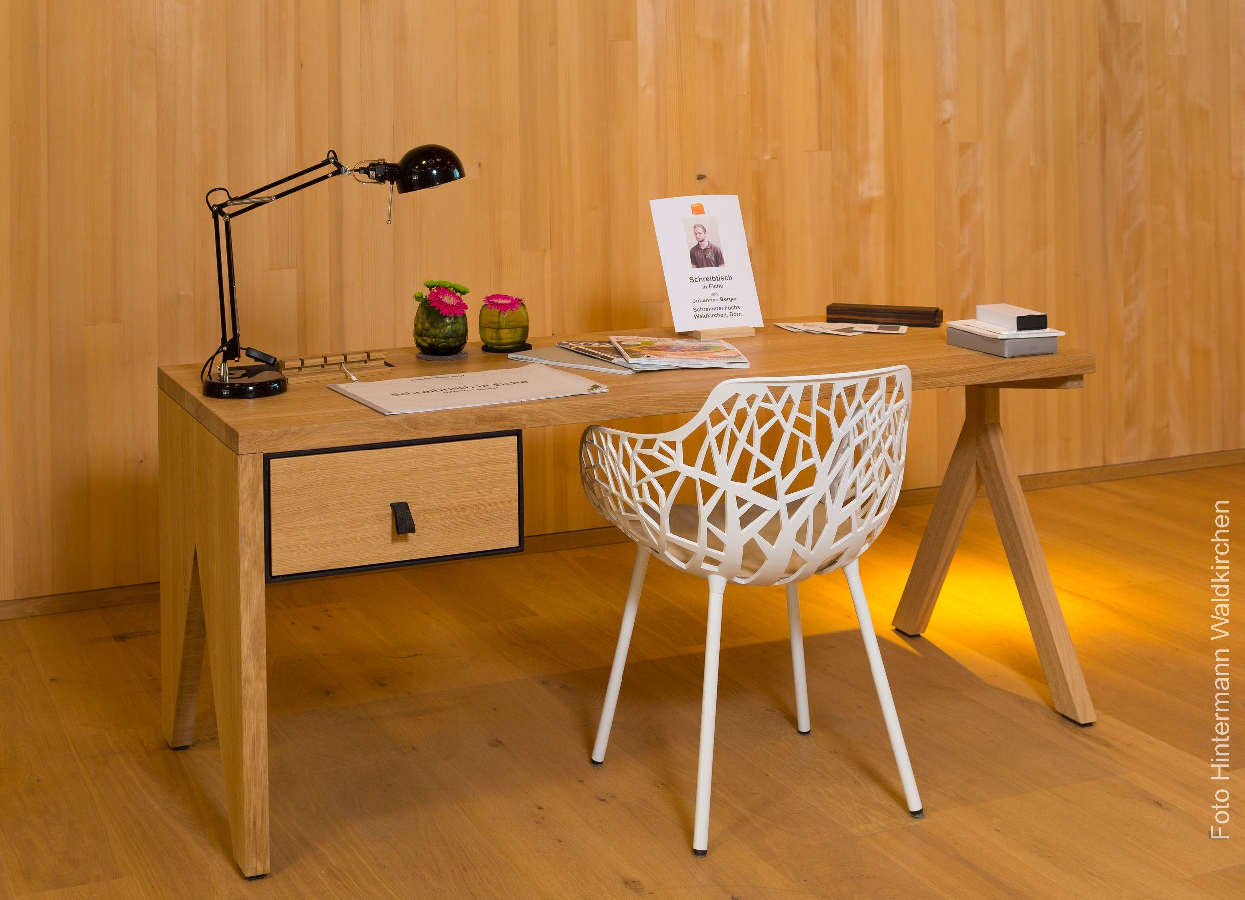 Gesellenstuck 2017 Schreibtisch Aus Eiche Und Schwarzer Mdf Schreiner Gesellenstuck Tischler Holz Selbermache Gesellenstuck Tischler Schreibtisch