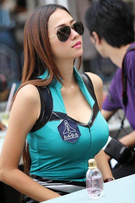 Photo sexy aura kasih