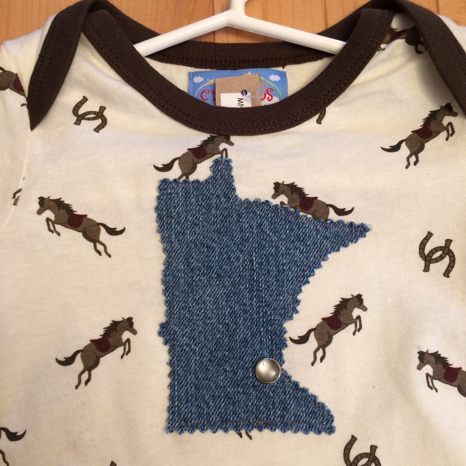 Minnesota MSP Baby Horse Onesie ~ Size 12M ~ NEW ~ One-of-a-Kind ~ Cowboy Horse Print~ MN Appliqué ~  Perfectt Gift for Horse Lover's Baby! by ArtThatCooks on Etsy
