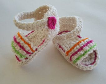 Crochet Baby Sandals with Bow by LMStudio808 on Etsy