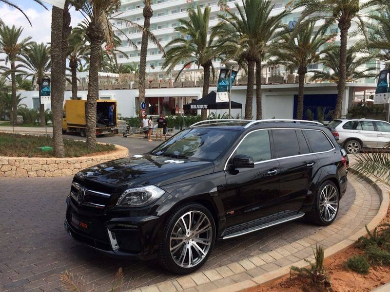 Mercedes-Benz BRABUS 700 GL. Check out for more BRABUS cars on: 22