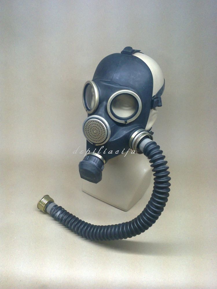 Black Gas Mask Gp 7 Medium 2 With Tube Hose With Images Gas