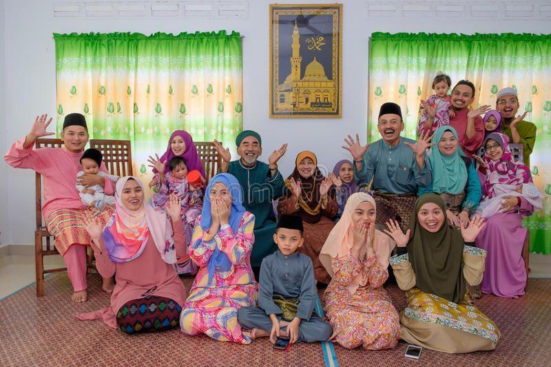 Malaysian family celebrating Eid Al Fitr Family painting