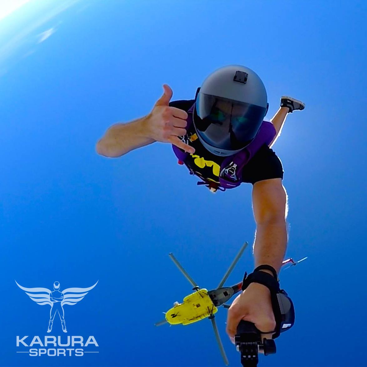 When Your Friends Are Sending You A Selfie Picture By Viktor Banko Skydiving Extreme Sports Sports