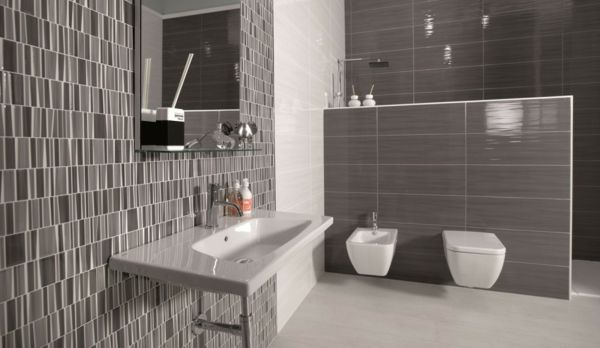 Badezimmer Fliesen Bilder badezimmer fliesen graunuancen weiße sanitärobjekte badezimmer