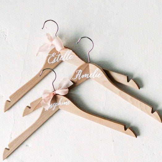 Brautkleidbügel mit Namen