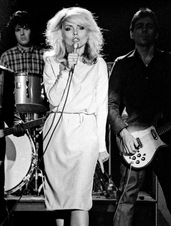 We Re Inspired By Debbie Harry S Subversively Modest Moment Blondie Debbie Harry Debbie Harry Debbie