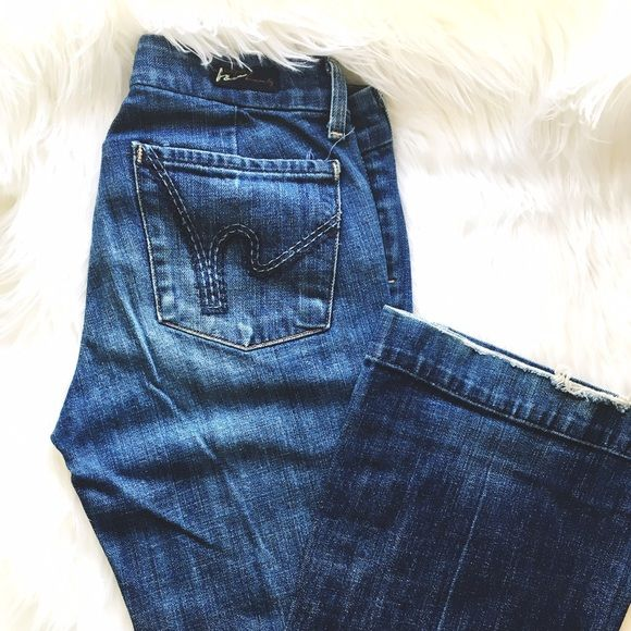 Flare citizens of humanity Low waist, stretch, full/wide leg Citizens of Humanity denim jeans. Citizens of Humanity Jeans Flare & Wide Leg