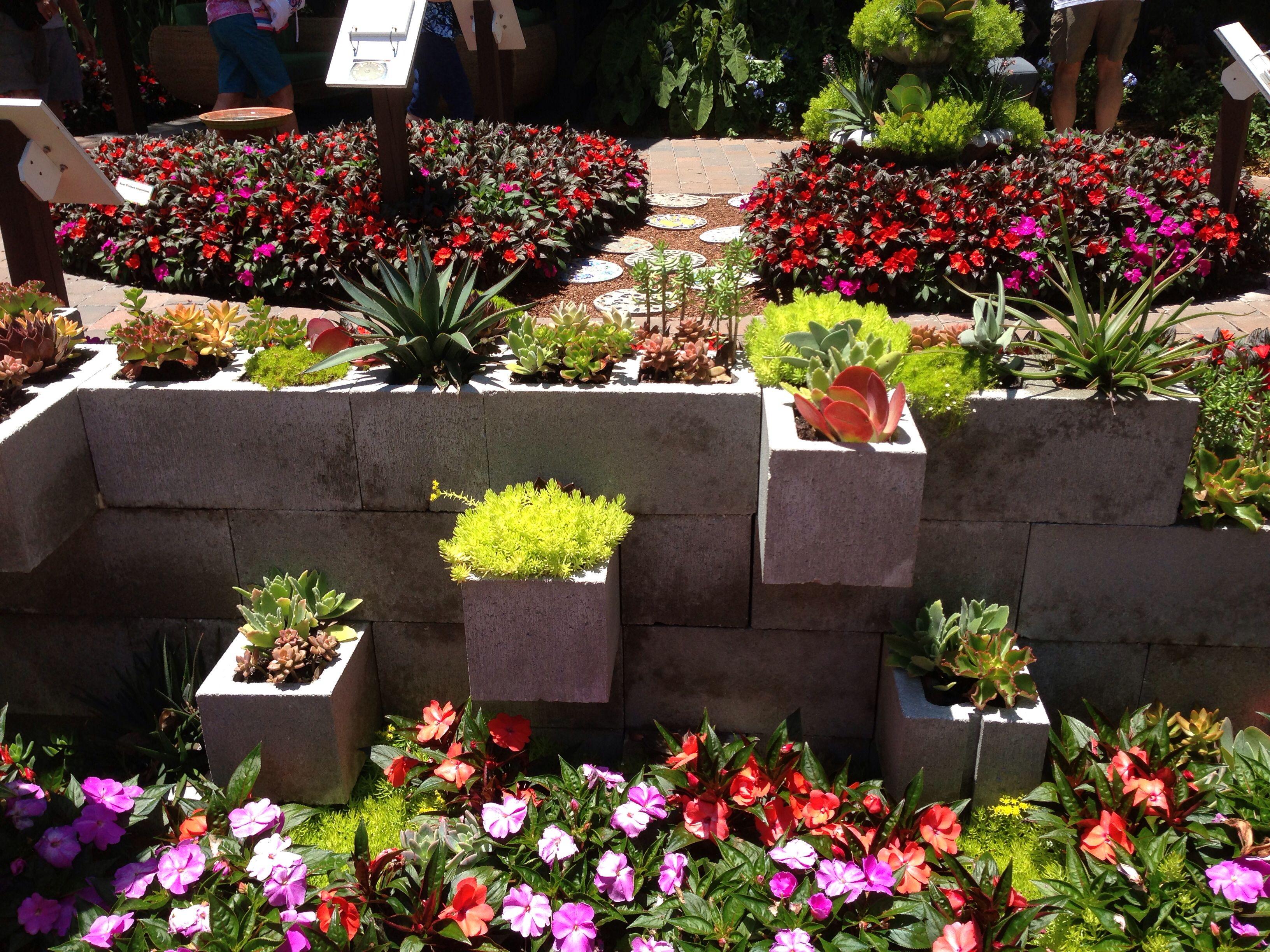 Cinder block garden wall idea | Cinder block garden ... on Backyard Cinder Block Wall Ideas id=46499