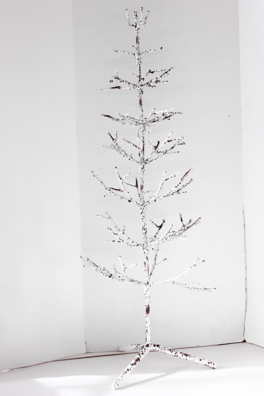 Christmas Tree Bare Branch White Metal Holiday Free Standing Small Tabletop Alternative Decor Winter