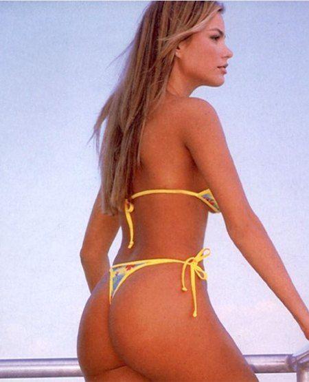 9514945ca395e Sofia Vergara Credits Her Enviable Booty to  Sun and Trans Fats  in ...