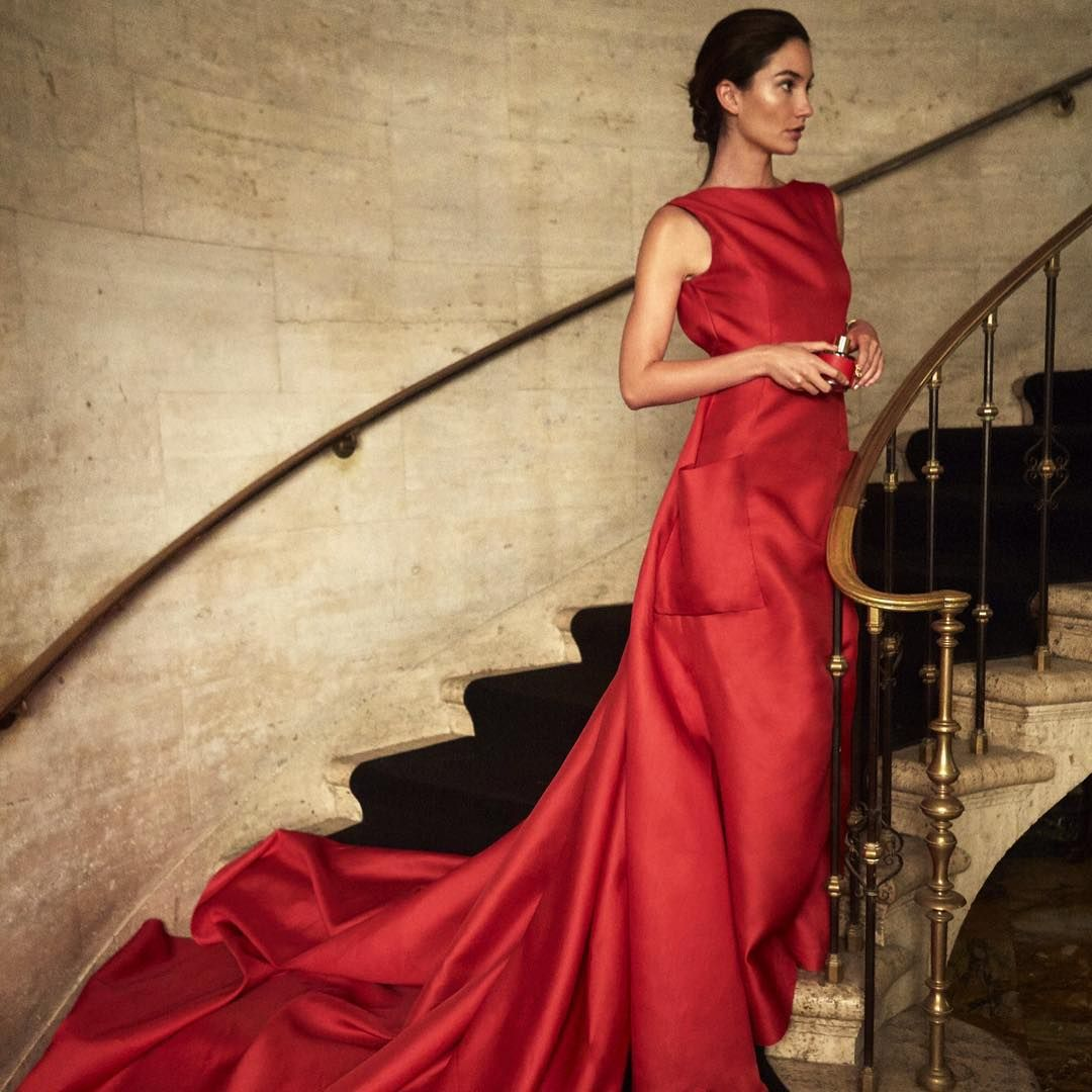 Carolina Herrera Unveils Less Complicated, More Modern Staples for Fall 2019 photo