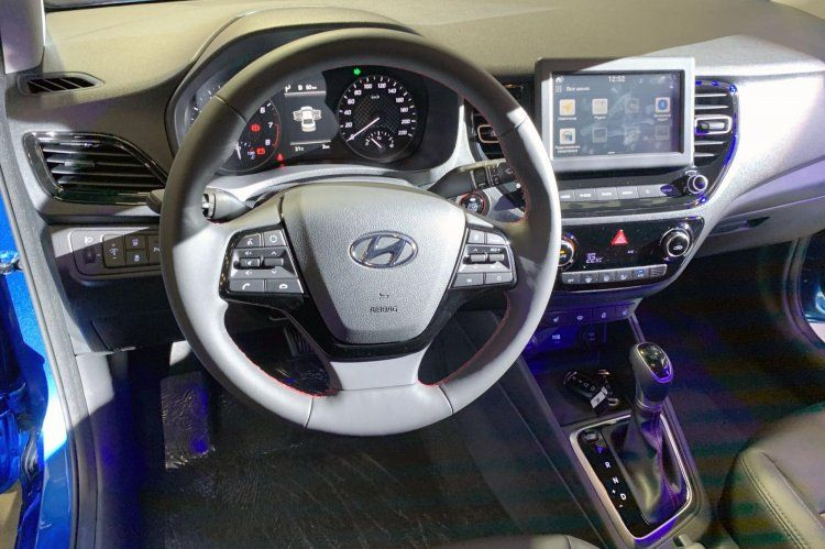 2020 Hyundai Verna Facelift Exterior Interior Detailed In 20 Live Images In 2020 Facelift Hyundai Interior Details