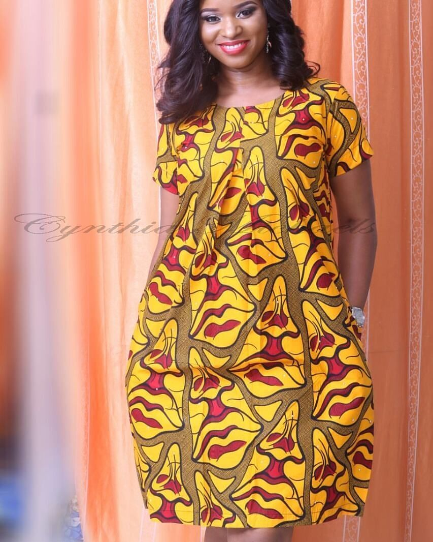What a beautiful simple dress and what a lovely model ankara