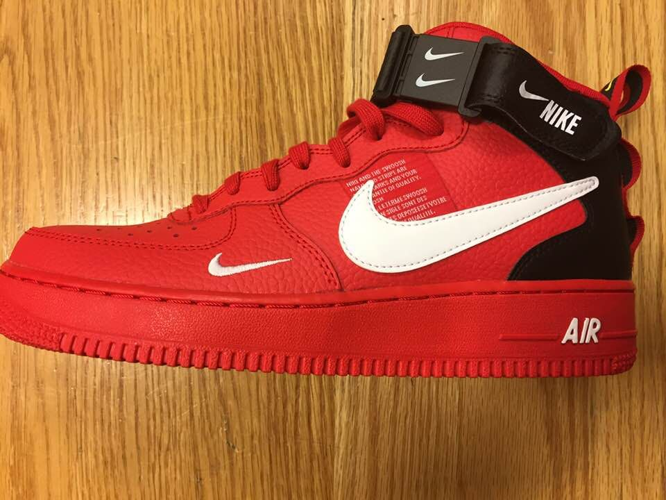 Nike Air Force 1 Utility Mid 07 LV8 Red